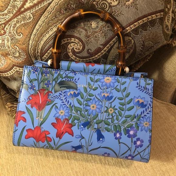 d097bc8ed19 NWT Gucci nymphaea new flora top handle bag mini